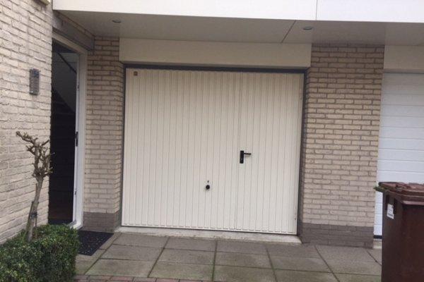 openslaande houten garagedeuren Montfoort vooraf