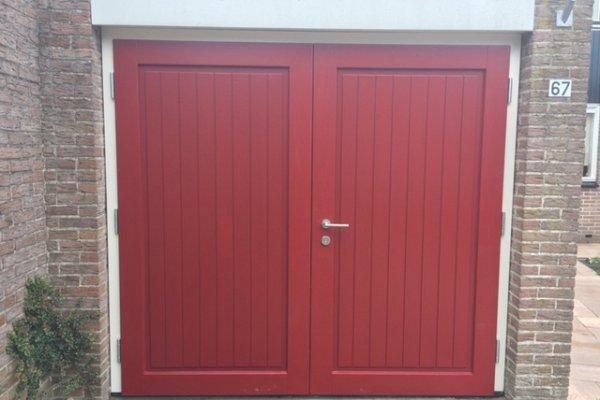 openslaande houten garagedeuren Kampen type Badings