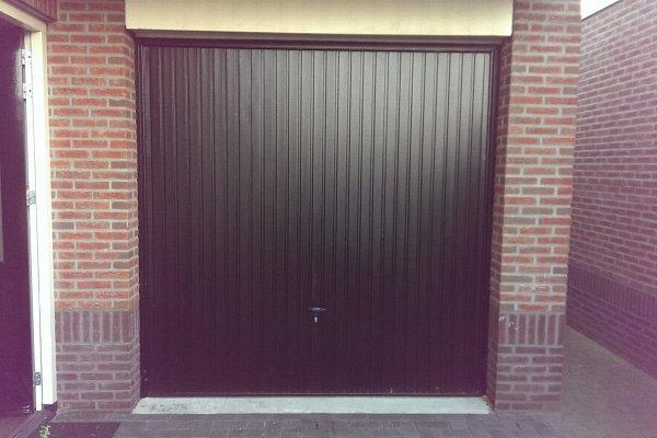 openslaande houten garagedeuren Haaksbergen vooraf