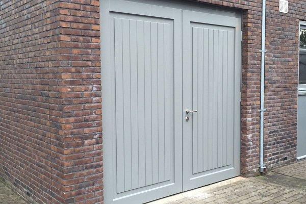 openslaande houten garagedeuren Waalwijk type Badings