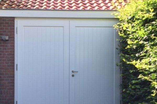 openslaande houten garagedeuren Haarlem type Badings